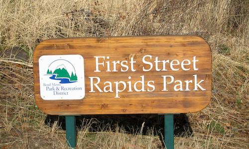 First Street Rapids trail head sign, which is also the beginning of the in town section of Bend's Deschutes River Trail